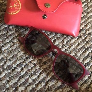 Red Ray Ban Erica